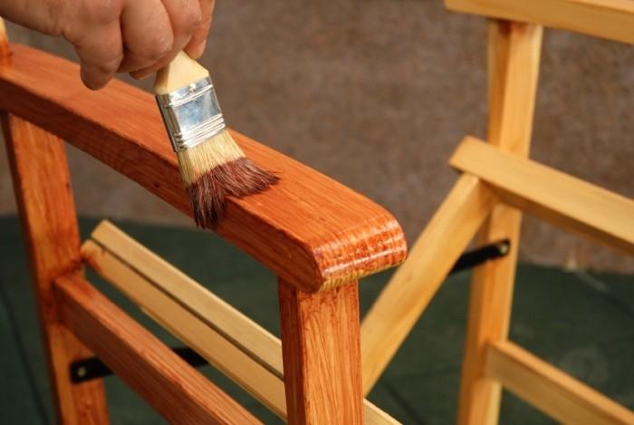 Покраска мебели из дерева своими руками