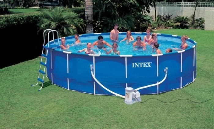 Чем и как заклеить бассейн «Intex»