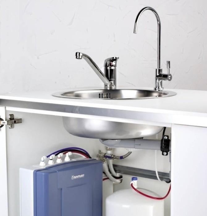 Фильтр под мойку. Насколько безопасна наша питьевая вода?