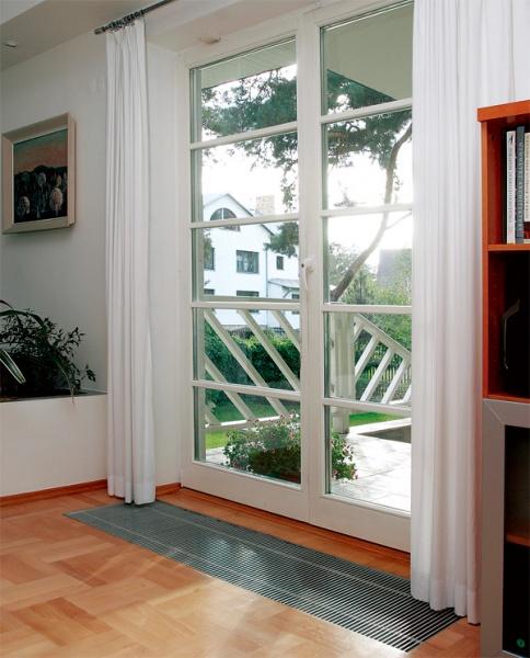 Окна в пол в загородном доме