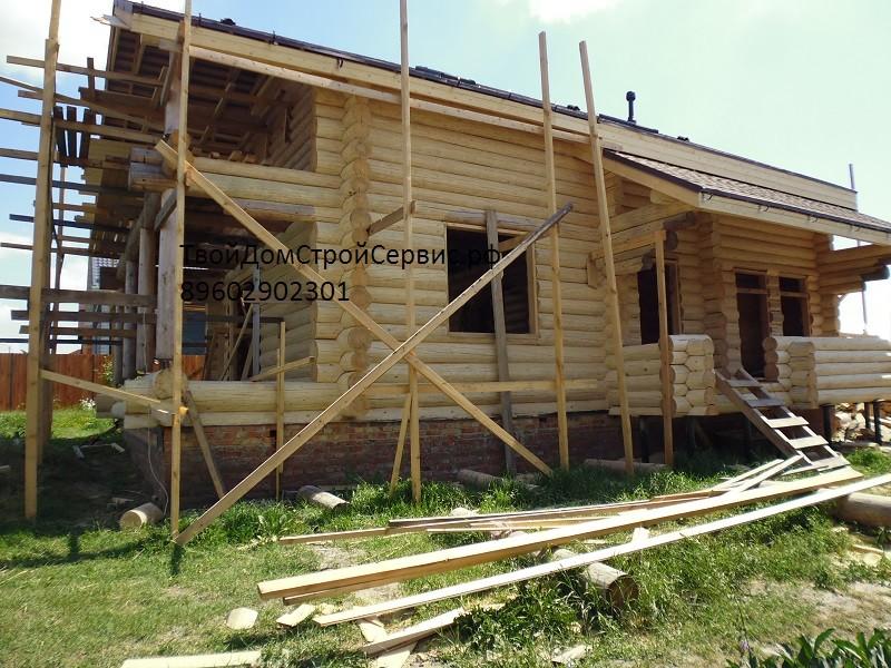 Деревянный дом 8,0х8,8 метра в чашу