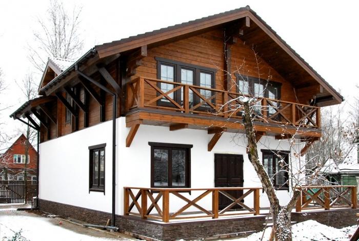 Комбинированные дома из камня и дерева