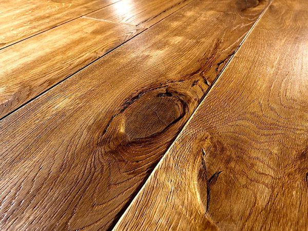 Чем покрыть открытую деревянную веранду