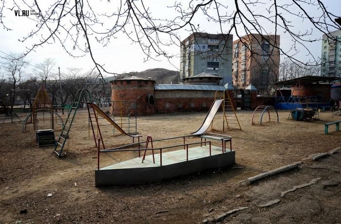 Закон о детских площадках во дворах