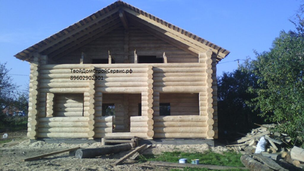 дом из кирпича бревна