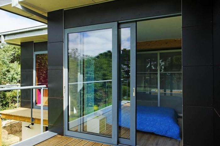 Алюминиевые раздвижные окна для веранды